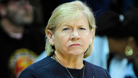 Sylvia Hatchell resigns as North Carolina women's basketball coach