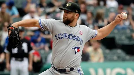 White Sox top Jays in rain-shortened contest