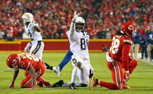 LA Chargers stun Kansas City Chiefs, creating virtual first-place tie in AFC West