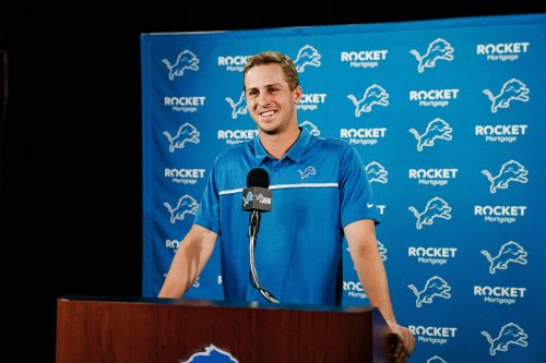 Jared Goff: Detroit Lions not taking QB in NFL draft is 'nice vote of confidence'