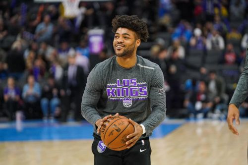 Bucks Agree To Two-Way Deal With Frank Mason III