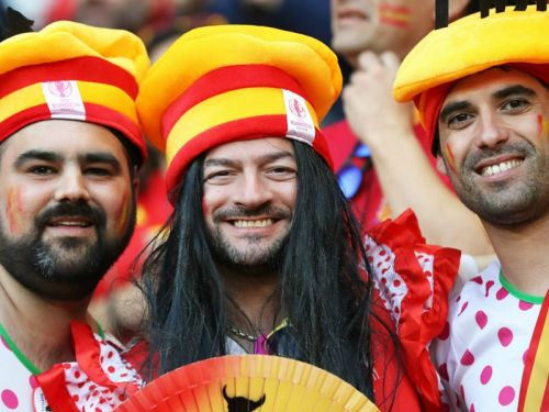 VIDEO:10-man Spain stun hosts France to reach final