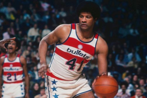 Wes Unseld, NBA legend with Washington Bullets, dead at 74