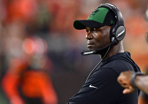 Should Jets coach Todd Bowles be on the hot seat after another epic meltdown?