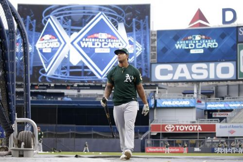 Oakland A's agree to $33.5M extension with slugger Khris Davis