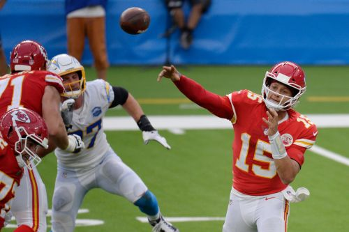 Patrick Mahomes explains 'out of context' comment on AFC West rival QB Justin Herbert