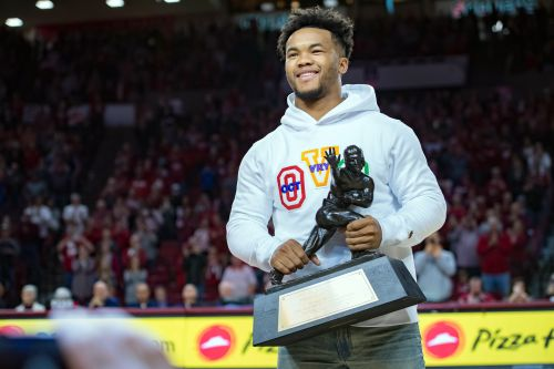 Opinion: Russell Wilson's new Seahawks contract shows Kyler Murray making right call with NFL