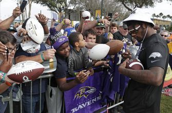 Long lines at Pro Bowl to get Jackson's autograph, picture