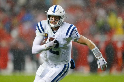 Colts weather bomb cyclone, drown out 49ers in downpour