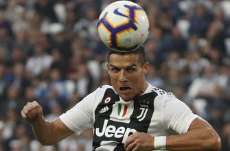 Ronaldo keeps his focus, Juventus struggling to do the same
