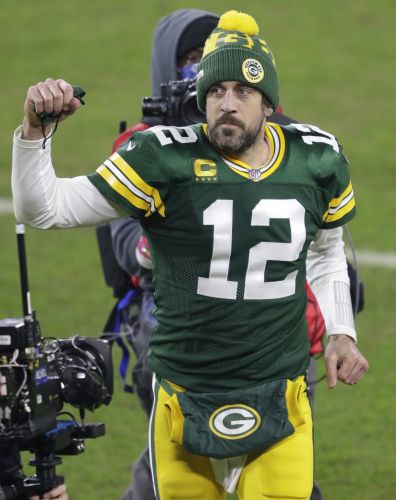 Opinion: Aaron Rodgers may walk away from Green Bay because he no longer trusts Packers