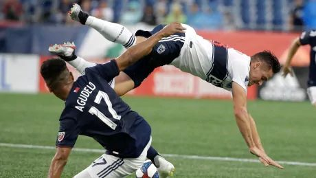 Whitecaps drop 4th straight while Revolution go unbeaten in 9