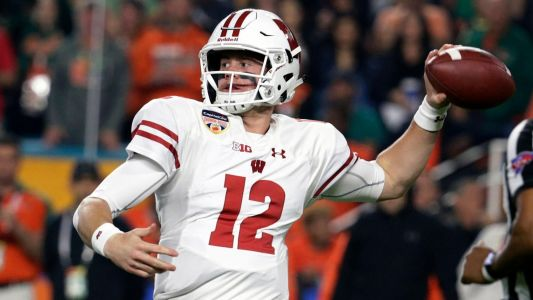 Potent Wisconsin chases elusive Big Ten title, Badgers are No. 8 in 2018 preseason college football rankings