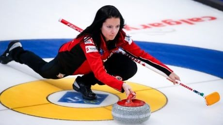 Einarson improves Canada's playoff chances with 5th straight victory over Denmark
