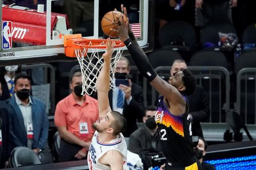 Ayton soars for last second alley-oop, Suns beat Clippers