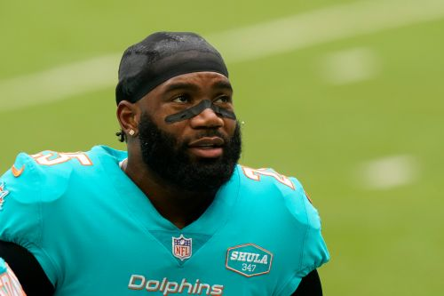 Brian Flores 'not sure' Pro Bowl CB Xavien Howard will be at Dolphins minicamp
