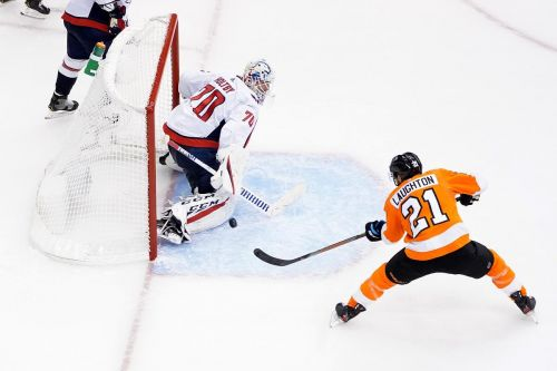 Laughton scores twice to lead Flyers past Capitals