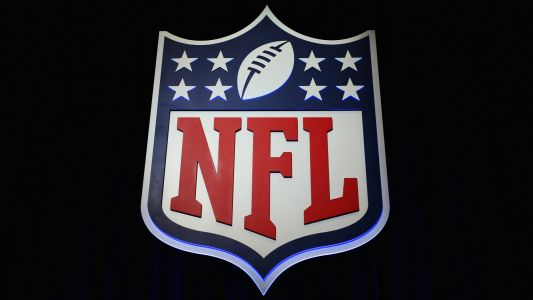 NFL, NFLPA at 'standstill agreement' over anthem policy