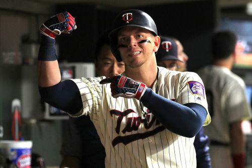 Yankees signing Logan Morrison, who called Yankees fans 'stupid'
