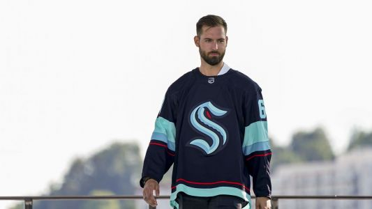Expansion draft winners and losers: Driedger gets his chance, NHL fumbles