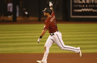 D'Backs punish Astros 14-7 behind four round trippers