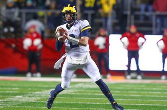 Shea Patterson's 3 TD performance leads No. 4 Michigan over Rutgers 42-7
