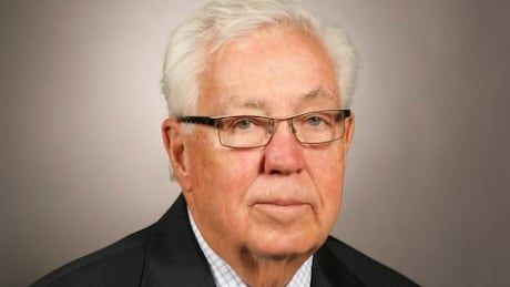 Canadian business titan and Calgary Flames co-owner Clay Riddell dies