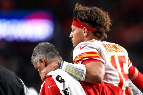 Patrick Mahomes injury forecast doesn't sound promising