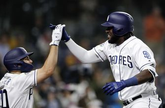 Reyes's clutch HR helps lead Paddack, Padres to victory