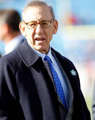 Dolphins owner Stephen Ross attempts to clarify team's national anthem policy