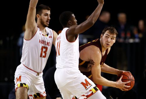 Cowan, Terrapins pull away from Loyola of Chicago 55-41
