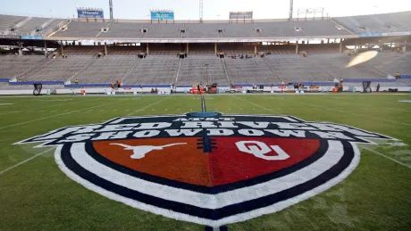 SEC invites Oklahoma and Texas to join league in 2025