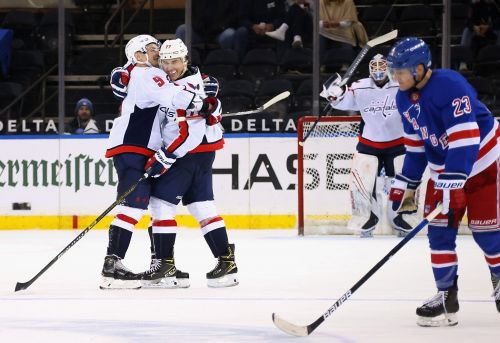 Washington Capitals' T.J. Oshie records hat trick in first game since father's death