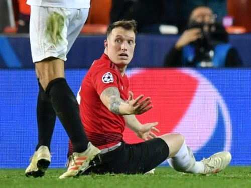 'The most Phil Jones thing he has ever done' - Man Utd defender roasted for calamitous own goal