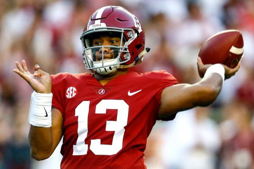 Alabama's star QB exits with injury