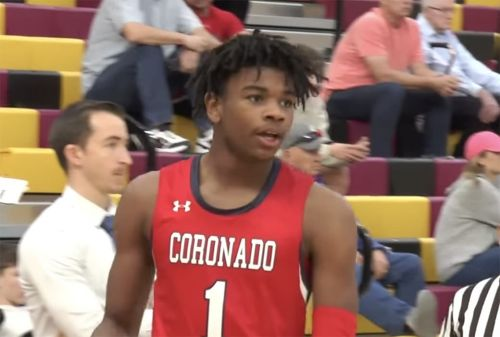 No. 1 Sophomore Jaden Hardy Puts Up a Light 30-Piece at HoopHall West