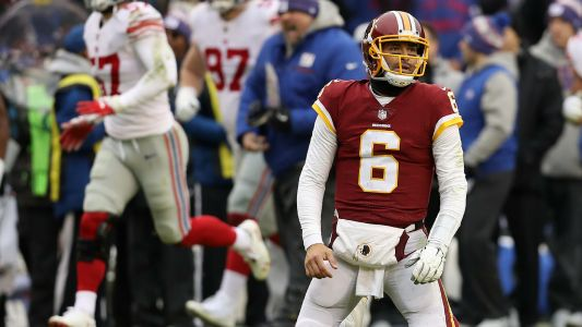 Redskins QB Mark Sanchez benched after struggling against Giants