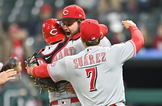 Wade Miley tosses no-hitter in Reds' 3-0 win over Indians