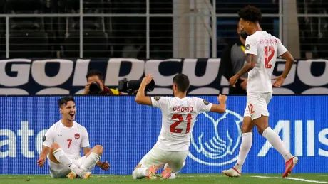 Canada dispatches Costa Rica, advances to Gold Cup semifinal after 14 years