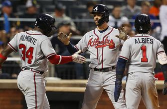 Dansby Swanson's three-run blast lifts Braves over Mets, 3-0