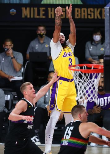 Anthony Davis has been Lakers' clutch fourth-quarter closer against Nuggets