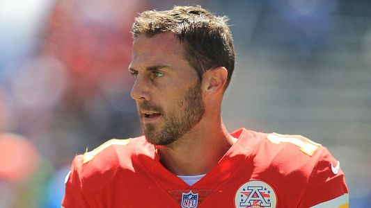 Redskins QB Alex Smith carted off field after gruesome leg injury