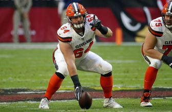 Browns starting C Tretter sidelined after procedure on knee