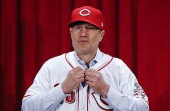 Family affair: Rebuilding Reds pick David Bell to lead them