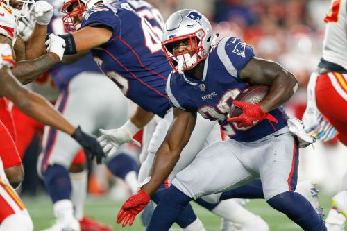 NFL matchups to watch in conference title games: Patriots' running backs could torch Chiefs