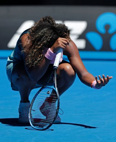 The Latest: Osaka advances to 4th round at Australian Open