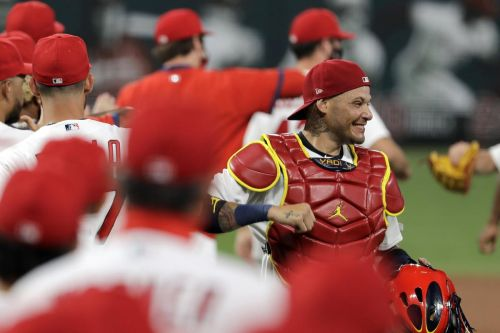 MLB gets serious with protocol measures after COVID-19 outbreaks on Marlins, Cardinals
