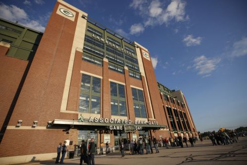 Packers ban fans at Lambeau Field for first two home games of 2020 season