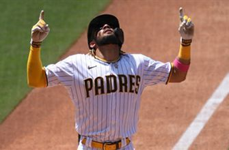 Fernando Tatis Jr. homers, goes 4-for-4 in first game back from IL as Padres top Rockies, 3-0