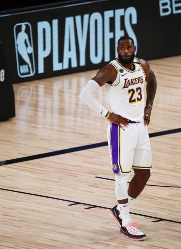 Lakers' LeBron James will miss game against Rockets with sore groin